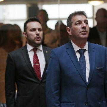 Deputados eleitos são empossados
