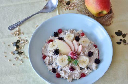 Overnigth oats ou aveia amanhecida: o café da manhã da moda