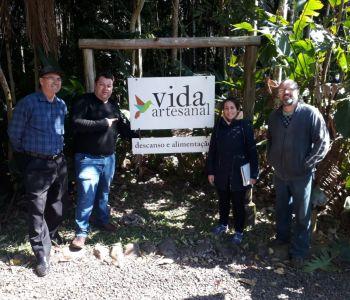 Equipe do Geoparque faz levantamento para elaboração de georoteiro em Jacinto Machado