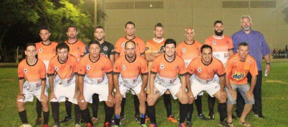 Municipal de futebol suíço tem rodada de abertura em Mara...