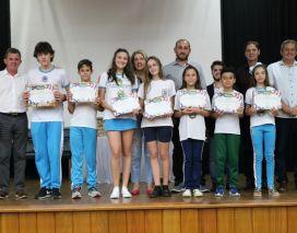 Nova Veneza faz homenagem aos 18 medalhistas do Prêmio Acic de Matemática