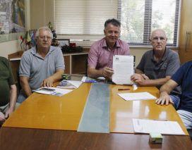 Prefeito assina termo de cessão de uso de equipamento para a rizicultura em Forquilhinha