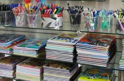 Procon Estadual realiza pesquisa de preços de material escolar e dá dicas de economia