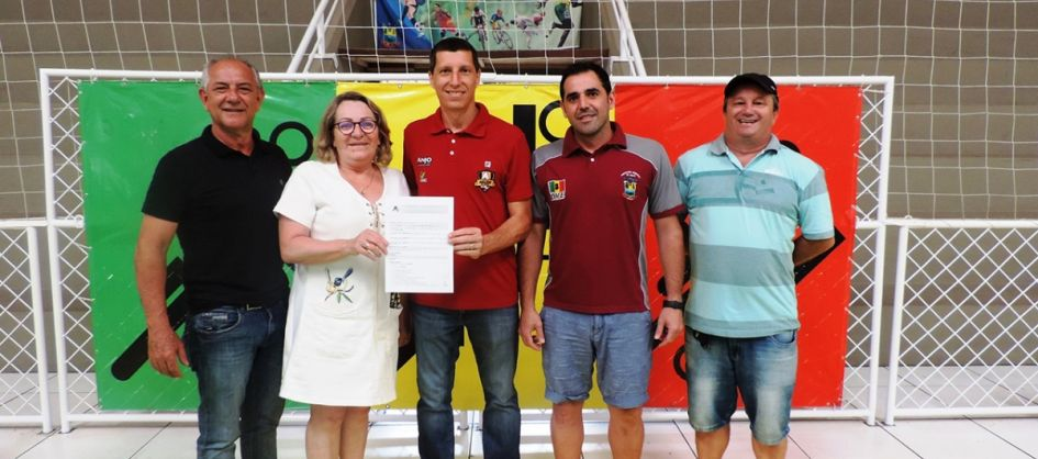 Turvo renova parceria com Projeto Anjos do Futsal