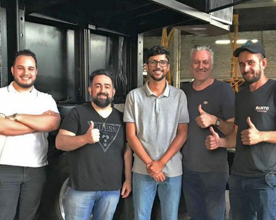 Bento Eventos cria primeiro trio elétrico com dois andares do Brasil