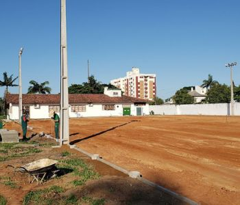 Mega estrutura | Grêmio Fronteira inicia obras do campo de grama sintética