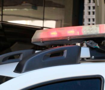 Criminosos atiram diversas vezes contra homem e passam com caminhonete por cima da vítima