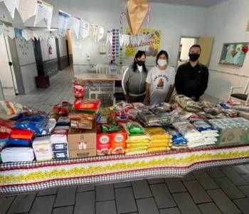 Gean Albino arrecada 300 quilos de alimentos para doação em seu aniversário