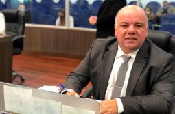 """Vereador Luciano Pires propõe criação do """"Julho Amarelo"""""""