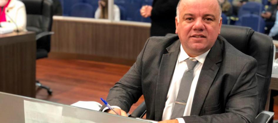 """Vereador Luciano Pires propõe criação do """"Julho Amarel..."""