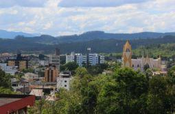 Final de semana começa com sol e calor no Sul catarinense; temperatura deve atingir 32°C...