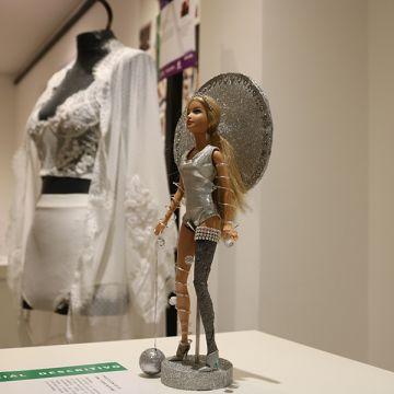 ACIC sedia exposição de trabalhos de moda