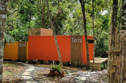 Chalé Container em meio à natureza, é no Sítio Raízes!