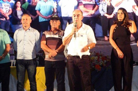 Em cerimônia oficial o prefeito Mineiro declara aberta a XXX Arrancada de Caminhões