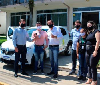 Maracajá recebe novo veículo para o Departamento de Assistência Social