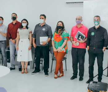 Candidatos a Prefeito de Araranguá são recebidos na FVA