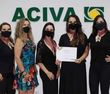 Fabiana Marcolin toma posse como coordenadora do Núcleo da Mulher Empresária da ACIVA