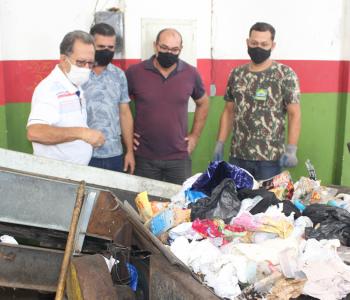 Administração de Maracajá adquire esteira para o Centro de Triagem